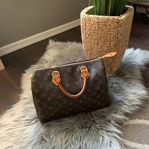 🔥Authentic monogram Louis Vuitton Speedy 30 tote